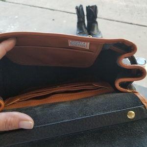 Dooney & Bourke Bags - Dooney and Bourke satchel